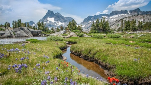 7 Long-Distance Trails You Should Hike This Year