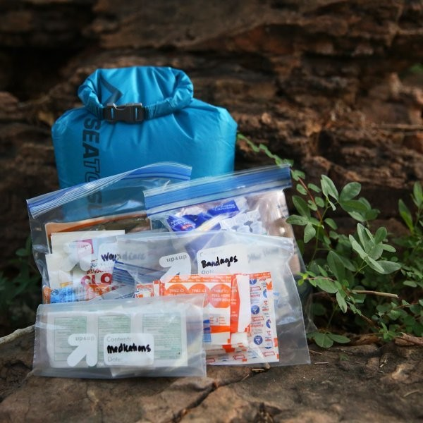 How To Build A Proper First Aid Kit