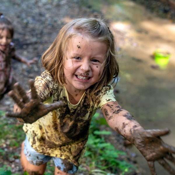 Free Forest School Wants Kids to Run Wild