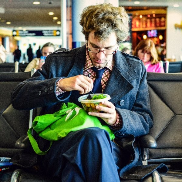 A Frequent Flier's Guide to Airport Eating