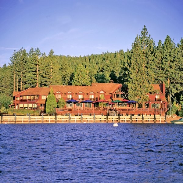 Deceptively Budget-Friendly Tahoe Lodges