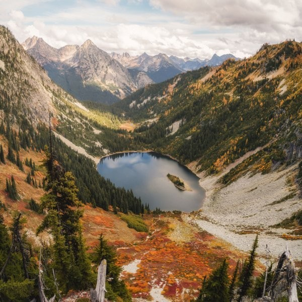 Our 7 Favorite Fall Backpacking Trips