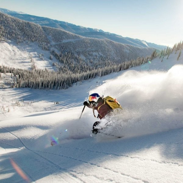 6 Moves to Get Through Ski Season Injury-Free