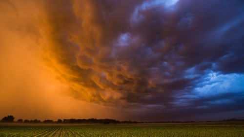 The Dangerous and Beautiful Storms of the Midwest