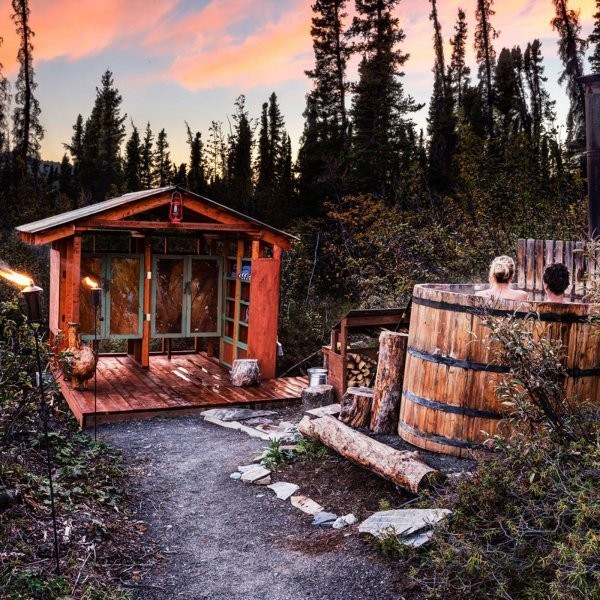 10 Amazing Glamping Spots in North America