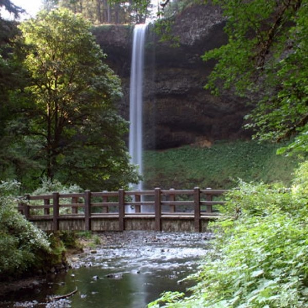 What Are the Best Romantic Getaways in the Pacific Northwest?