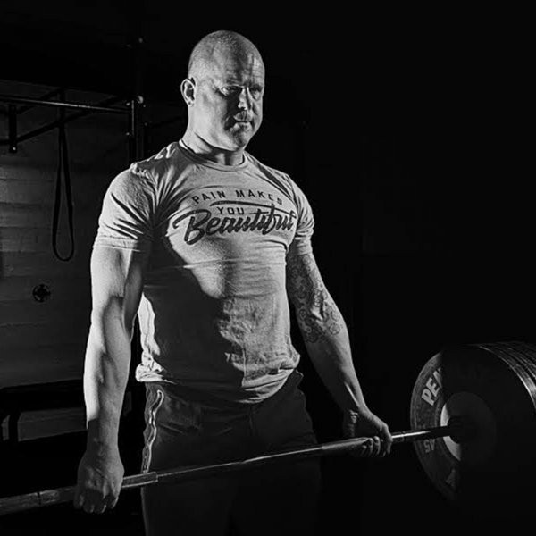 The Training Secrets of a Top CrossFit Coach