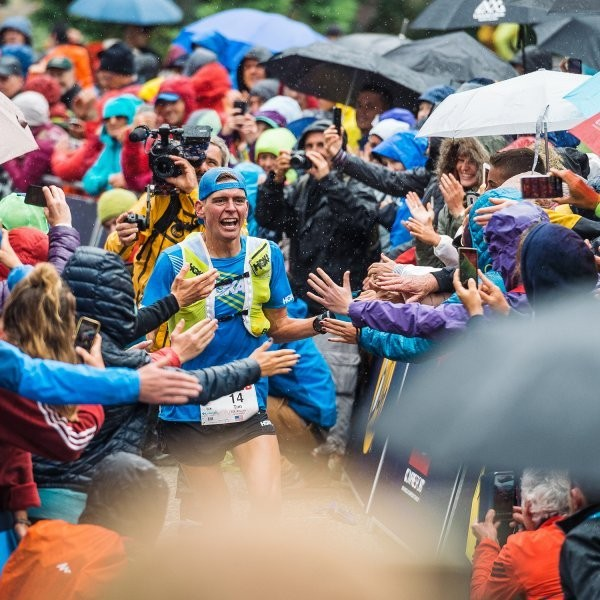 What the Pros Wear (and Eat) During UTMB