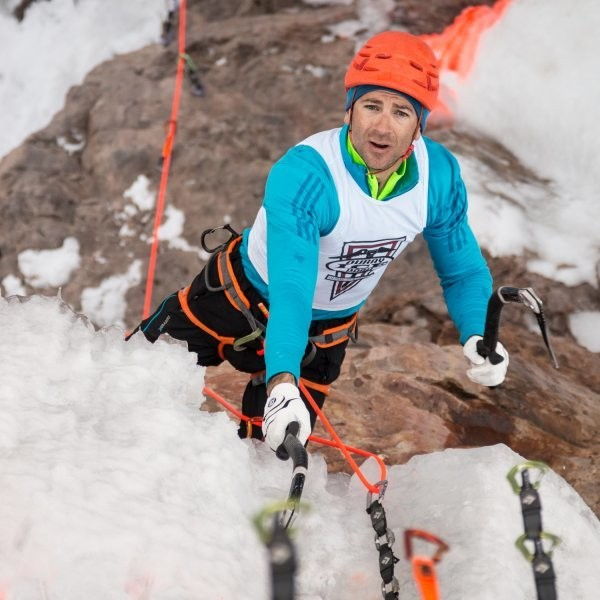 How to Photograph the Biggest Ice Climbing Event in the Country