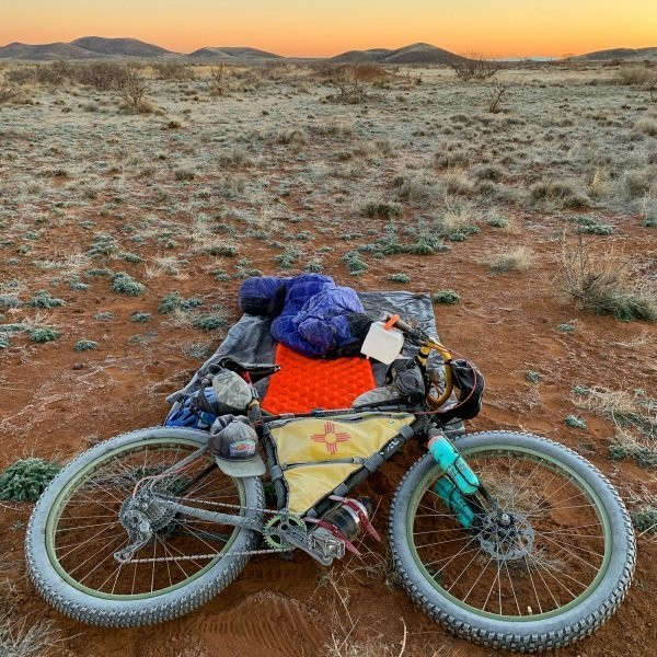Bikepacking - cover