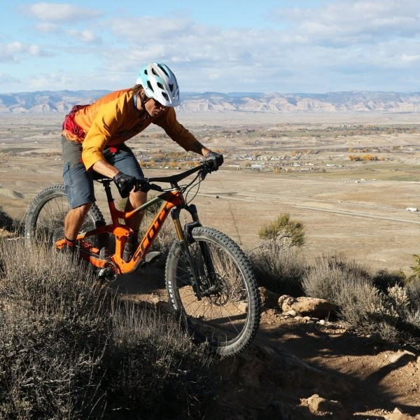 We're Living in the Age of the Long-Travel 29er