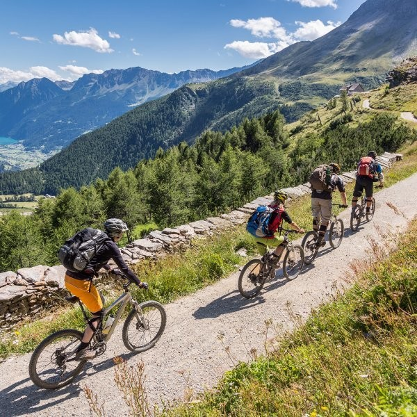 Get into Outdoor Sports Without Breaking the Bank