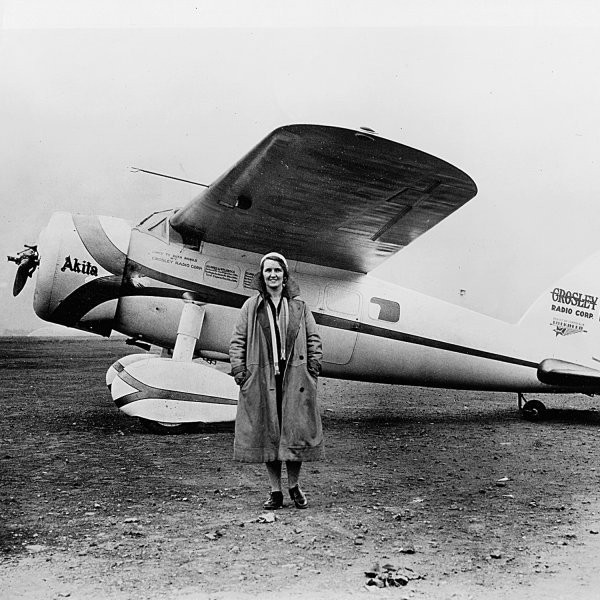 The Early Female Aviators Who Changed the World