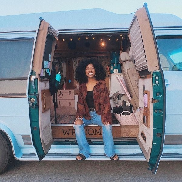Jennelle Eliana's Rise to Vanlife Stardom