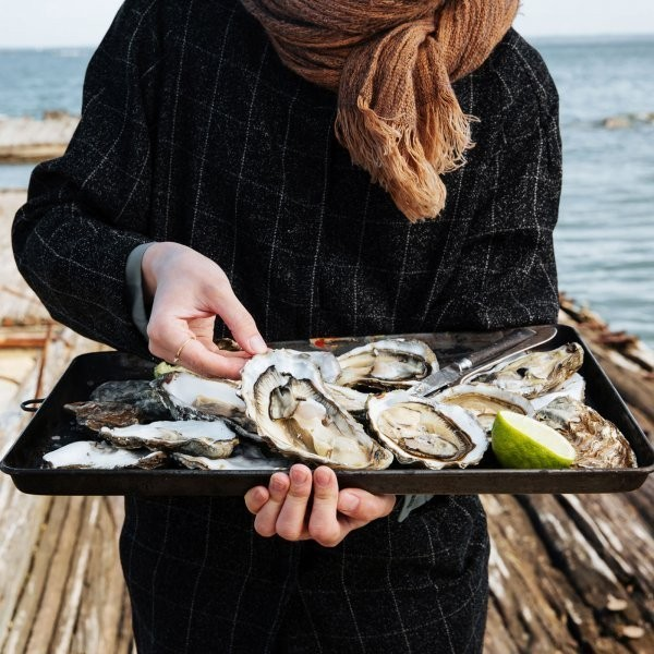 Eat More Oysters. It's Good for the Environment.