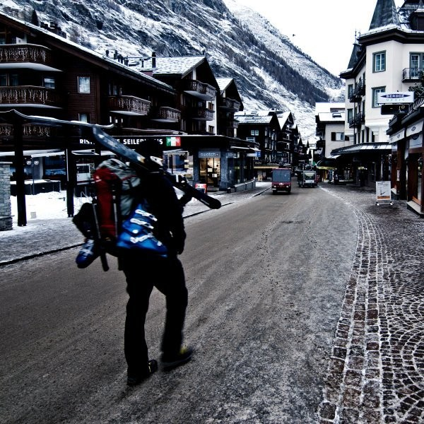 What's the Better Deal for Skiers: Fly, Ship, or Rent?