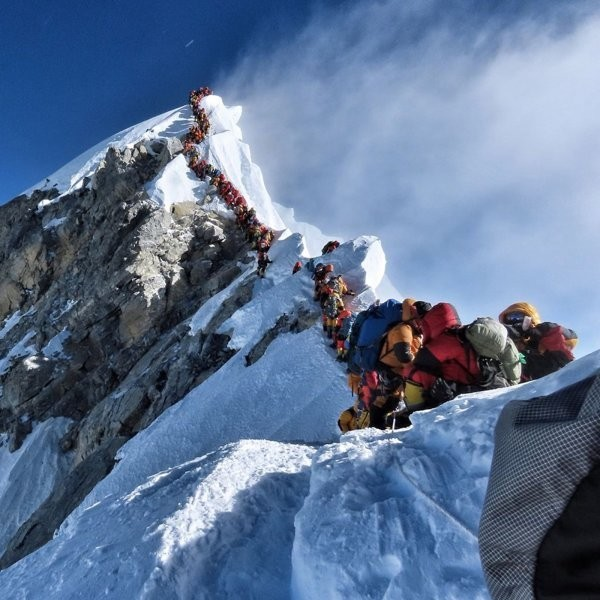 Yes, This Photo from Everest Is Real