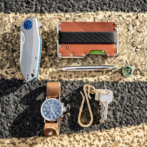 Why a Simplified Every Day Carry Actually Matters