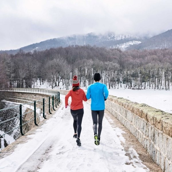 How to Work Out on the Road This Holiday Season