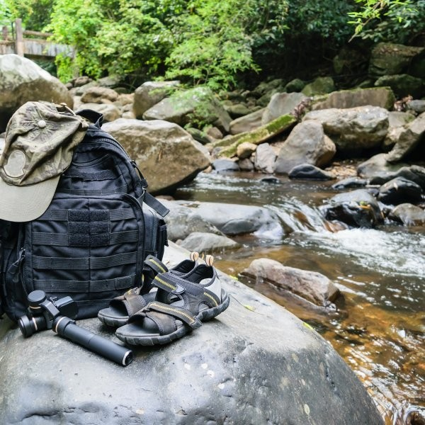 8 Survival Items You Can Fit in a Backpack