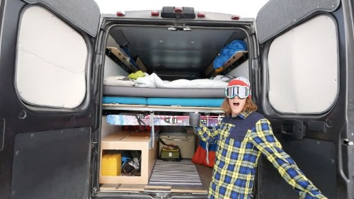 Video: How to Stay Warm While Living in a Van