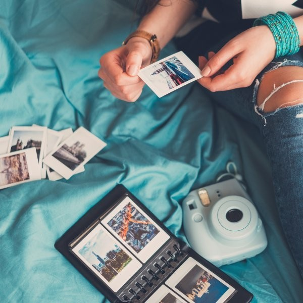 Why We Love the New Polaroid Snap