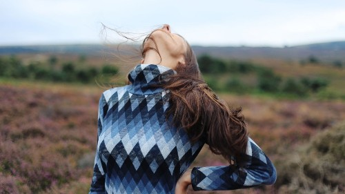 8 Neck and Shoulder Stretches to Relieve Pain