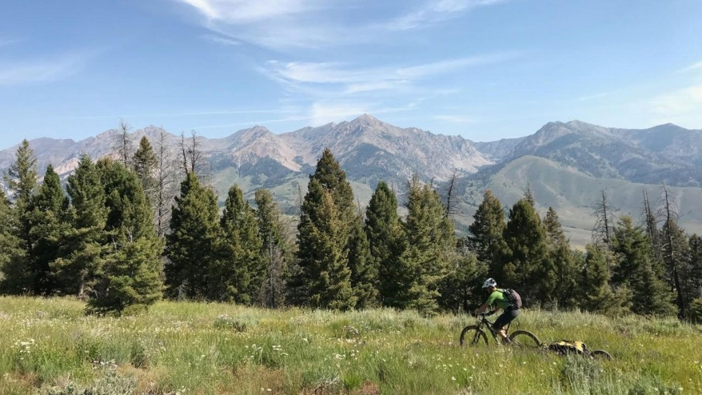 How to Pack for Your First Bikepacking Trip