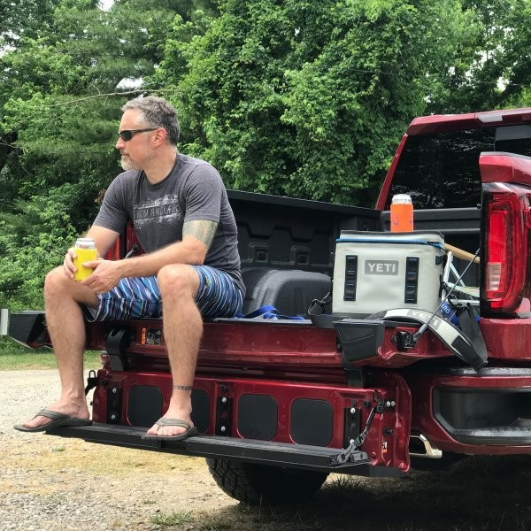 The New GMC Sierra MultiPro Is One Sick Tailgate