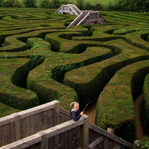 Get Lost in These Outdoor Mazes