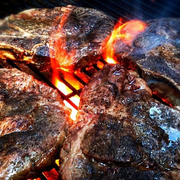 How to Cook a Great Steak on a Terrible Grill