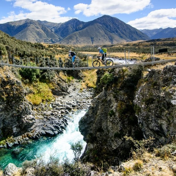 13 Ways to Ditch the New Zealand Tourist Experience