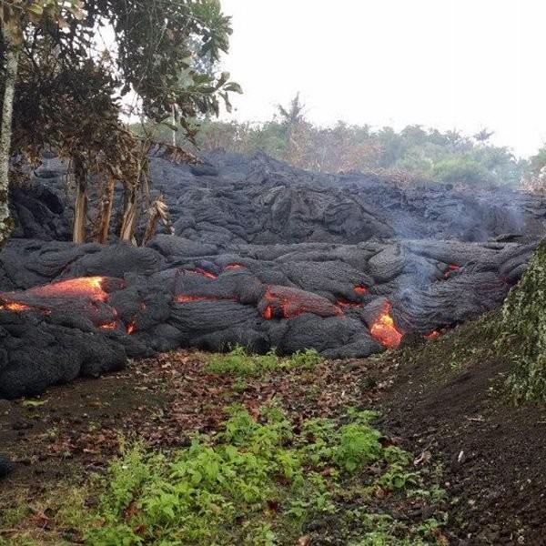 Hawaii Lava Burns First House