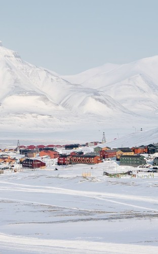 The Bizarre Bank Robbery That Shook an Arctic Town