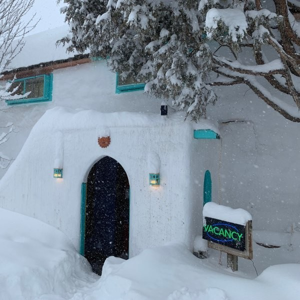 8 Crazy Affordable Ski Hostels in the U.S. and Canada