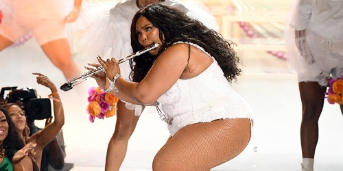 """BET Awards 2019: Watch Lizzo Perform """"Truth Hurts"""" (Complete With Flute Solo)"""