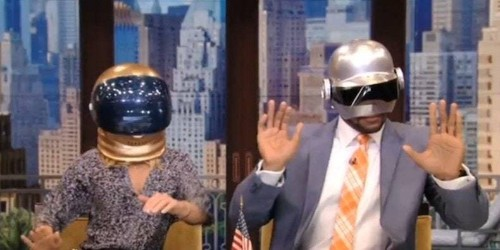 "Watch: Kelly Ripa and Michael Strahan Wear Cheap Daft Punk Helmets, Dance to ""Get Lucky"""