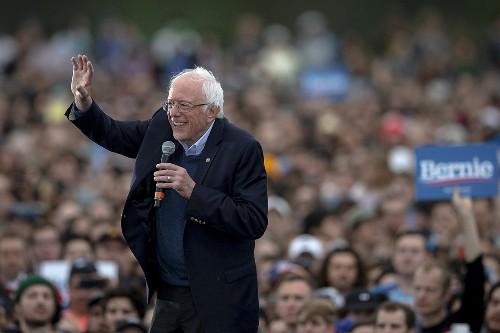 Sanders sends Democratic establishment into panic mode