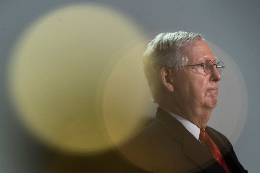 Is the Crisis Putting the Republican Senate in Jeopardy?