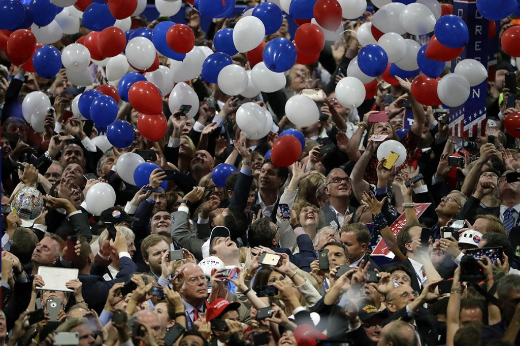 Republicans tap top fundraiser in mad scramble for convention cash
