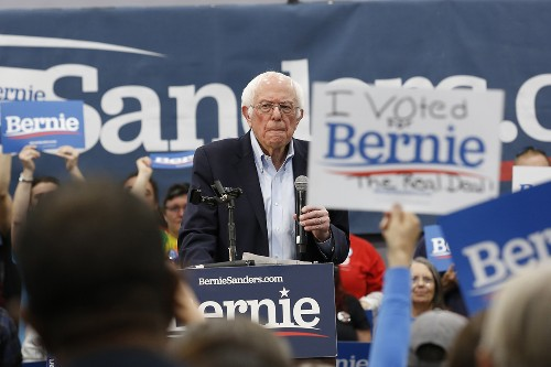 Bernie breaks out of the pack