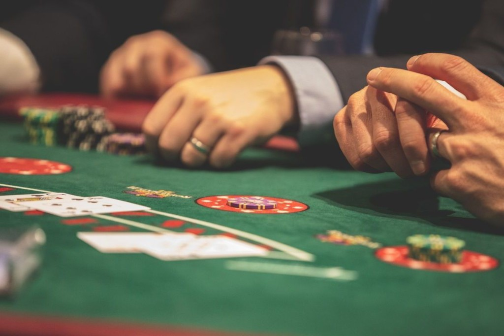 What Donald Trump Could Learn From Playing Poker