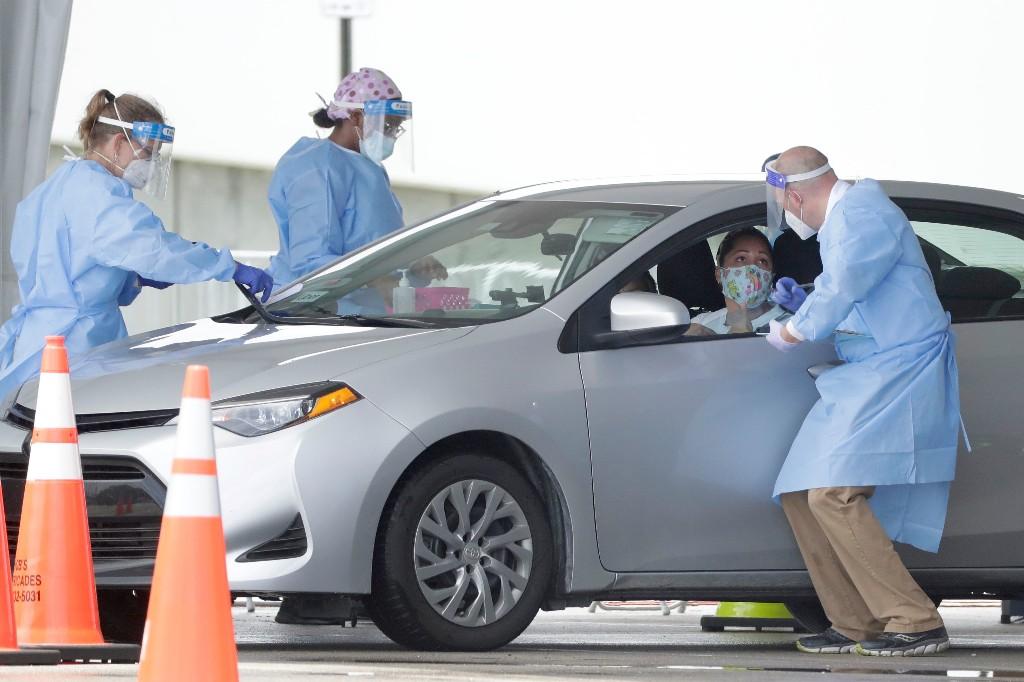 Shortages threaten Trump's plan for rapid coronavirus tests