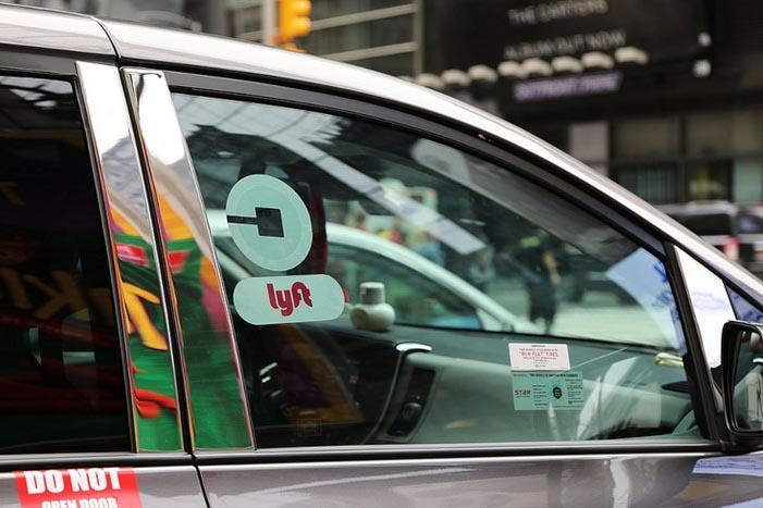 California judge: Uber and Lyft must make drivers employees