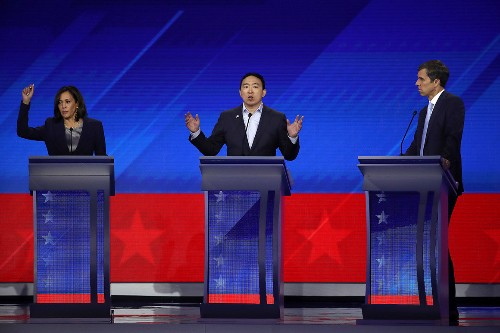 I'm a Body Language Expert. Here's What I Saw During the Debate.