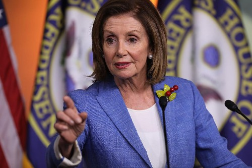 Moderate Democrats warn Pelosi of impeachment obsession