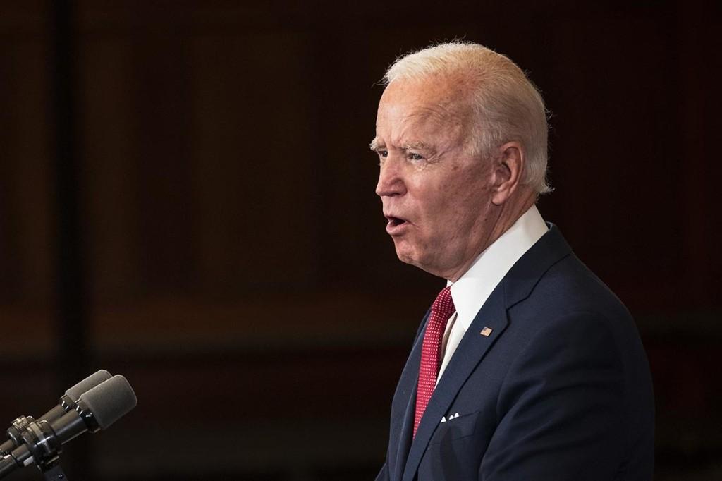 Police groups break with Biden