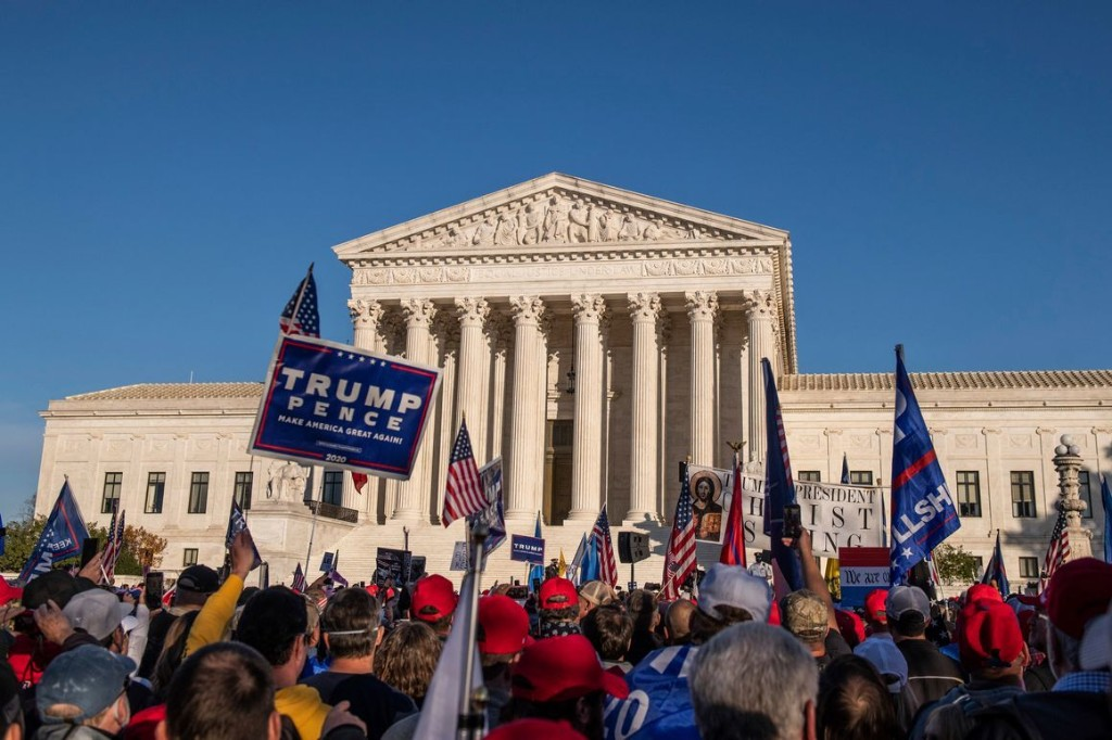 """The Supreme Court's """"Breathtakingly Radical"""" New Approach to Election Law"""