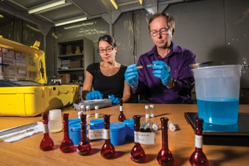 New Chemical Trick To Make Fertilizer That Won't Explode