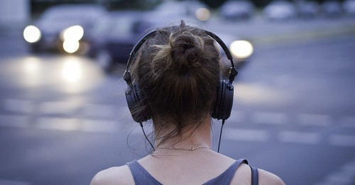 World Health Organization: Limit Headphone Time To An Hour Per Day
